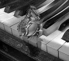 imagenes piano en blanco y negro - Google Search