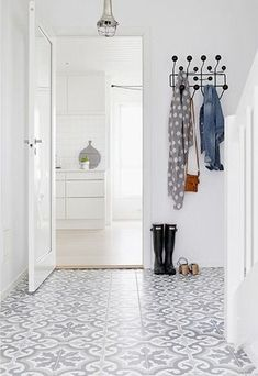 Hallway, white and grey encaustic tile. Hallway, white and grey Hallway Inspiration, Interior Inspiration, Decoration Hall, Estilo Interior, Sweet Home, Interior And Exterior, Interior Design, Encaustic Tile, House Entrance