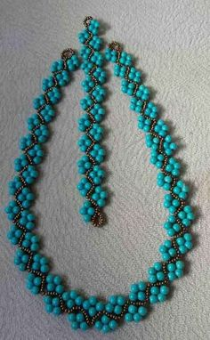 Beaded bracelet and necklace inspiration. Made by beadweaving seed beads with pearl or round beads. Bead jewellery making Beaded bracelet and necklace inspiration. Made by beadweaving seed beads with pearl or round beads. Bead jewellery making Beaded Necklace Patterns, Beaded Jewelry Designs, Seed Bead Jewelry, Bead Jewellery, Beaded Earrings, Handmade Jewelry, Beaded Bracelets, Seed Beads, Handmade Necklaces