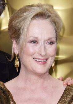 Meryl Streep, loved her in Into The Woods and Mamma Mia! Famous Celebrities, Celebs, Most Beautiful Women, Beautiful People, Yesterday And Today, Meryl Streep, Best Actress, Hollywood Stars, Famous Faces
