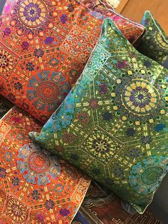 Indian Style Decorative Pillow Covers in Silk, Pashmina Wool, Sari – Worldcraft Industries Couch Pillows, Decorative Pillow Covers, Marketing And Advertising, Indian Fashion, Chinese, Gift Wrapping, Wool, Indian Style, Trending Outfits