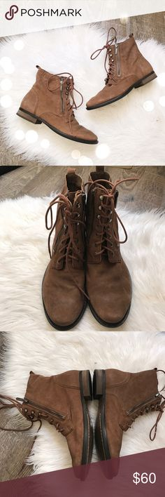 Sam Edelman Brown Leather Lace Up Booties Adorable brown leather combat style Lace Up booties from Sam Edelman. Size 7 1/2. Excellent pre worn condition, minor wear to bottoms. No box, no trades or try ons. Sam Edelman Shoes Ankle Boots & Booties
