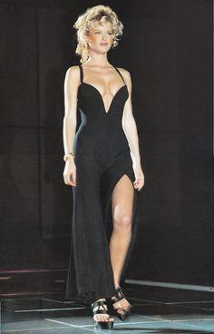 Eva Herzigova @ Versace Spring 1993