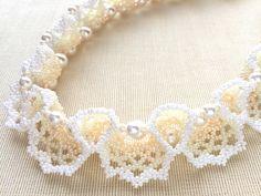 レイのようなクリーム色のビーズネックレス  #カザリ咲色 #ビーズ #ビーズフラワー #ビジュー #ハンドメイド #コサージュ #手作り #手芸 #アクセサリー #コスチュームジュエリー #bead #beads #bijou #beading #beadedflower #beadswork #beadwork #beadsph #bijoux #beaded #biser #necklace #handmade
