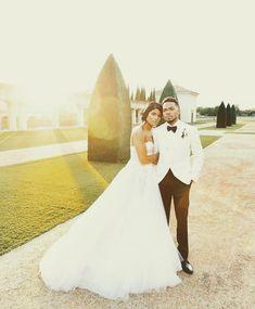 Pinterest: keedrajackson Chance The Rapper, Wedding Dresses, Fashion, Bride Dresses, Moda, Bridal Gowns, Fashion Styles, Wedding Dressses
