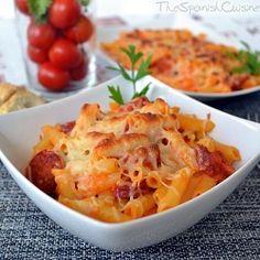 Spanish pasta with chorizo and homemade tomato sauce. Get this easy Spanish Tapas recipe! - Spanish food and cuisine