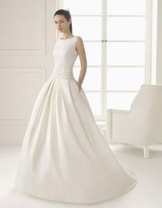 Hochzeitsblume Brautkleid Waffel Piquet hochgeschlossen vorne (1)