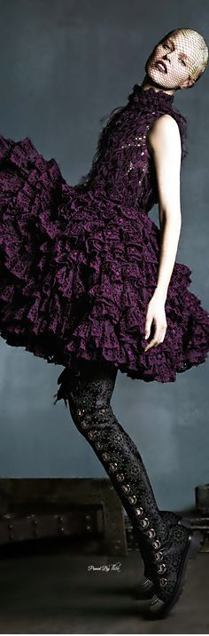 Beautiful color but I wouldn't wear a mesh stocking over my face...Alexander McQueen ~ Tнεα