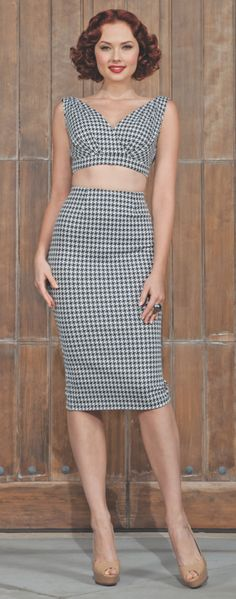 I NEEEEED this Stop Staring set. All of my current fashion addictions in one. #Houndstooth #OverkneePencilSkirt #CropTop
