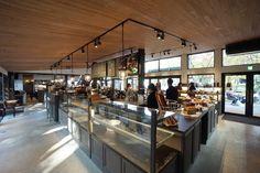 Galeria de Padaria e Restaurante SAWAMURA / Yuji Tanabe Architects - 4