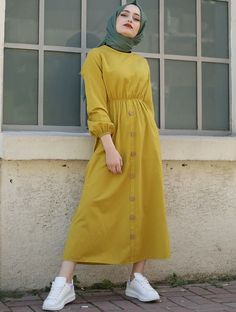 65 Ideas for style hijab outfit abayas Hijab Outfit, Hijab Style Dress, Hijab Chic, Modern Hijab Fashion, Muslim Women Fashion, Modest Fashion, Mode Outfits, Fashion Outfits, Ootd Fashion