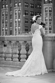 Indianapolis-Indiana-Wedding-Photographer-Crowes-Eye-Photography-Bride-War-memorial.jpg