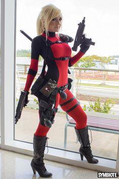 Deadpool by Jessica Nigri.