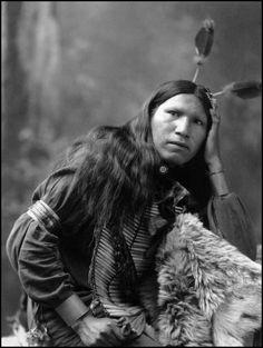 Afraid of Hawk, Native American Oglala Sioux, (Lakota), Heyn Photo, Omaha. Native American Beauty, Native American Photos, Native American Tribes, Native American History, Native Americans, Indiana, Oglala Sioux, Native Indian, Native Art