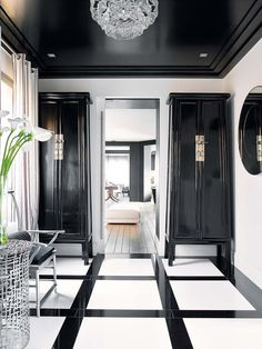 Luxury Homes Interior design & Inspiration Boutique Interior, Luxury Homes Interior, Luxury Home Decor, Black Interior Design, Classic Interior, Home Modern, Modern House Design, Floor Design, Ceiling Design
