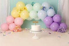 Floral pastel rainbow balloon arch for cake smash photos Rainbow Balloon Arch, Cake Smash Photos, Birth, Pastel, Floral, Desserts, Tailgate Desserts, Cake, Deserts