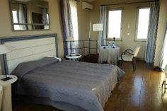Arles Hotel De L'Amphitheatre: Chambre Belvédère