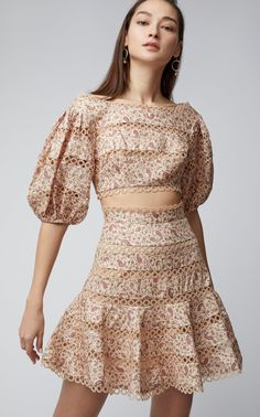 Juniper Paisley-Print Flared Linen Skirt by Zimmermann Simple Dresses, Elegant Dresses, Short Dresses, Minimal Fashion, High Fashion, Womens Fashion, Fashion Details, Fashion Design, Linen Skirt