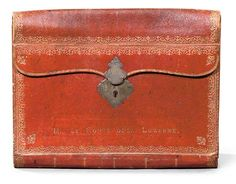 A LOUIS XV GILT-TOOLED MOROCCO LEATHER PORTE DOCUMENT