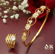 Get daily wear bangles from @omjewellers from $34.7 a week! ★★Best prices guaranteed. ★★Shipping Australia wide. #omjewellers #omjewelaus #perth #brisbane #gold #22karat #22kt #bangle #bracelet #dailywear #ring #jewellery #yellowgold #gold #westfield #carousel #loveit #makeherhappy #birthday #anniversary #wedding #bridal #giftideas