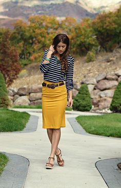 Love this!  I need a cute pencil skirt!  I already have a top a lot like this in cream with mint stripes so I'd love a skirt in gray or red!