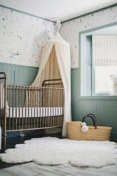 Baby Boy Room Decor, Baby Room Design, Baby Bedroom, Baby Boy Rooms, Nursery Design, Girl Room, Green Nursery Girl, Green Girl, Baby Room Green