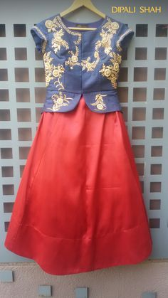 Indian Gowns, Indian Attire, Indian Outfits, Kids Indian Wear, Indian Ethnic Wear, Lehenga Designs, Saree Blouse Designs, Baby Girl Dresses, Girl Outfits