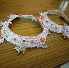 Traditional Heavy Silver Payal/Anklets Design For Brides - Indian Fashion Ideas Payal Designs Silver, Silver Anklets Designs, Silver Payal, Anklet Designs, Gold Ring Designs, Necklace Designs, Foot Jewelry Wedding, Indian Bridal Jewelry Sets, Silver Jewellery Online