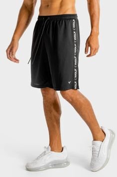 Mens Gym Shorts, Men's Shorts, Statement Tees, Short Outfits, Workout Shorts, Squats, Black Tops, Perfect Fit, Joggers