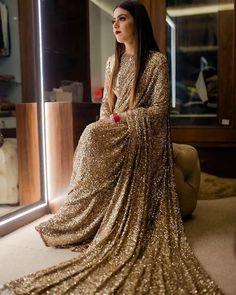 Sari Blouse, Indian Blouse, Indian Wear, Indian Bridal Sarees, Indian Lehenga, Mode Bollywood, Bollywood Saree, Deepika Padukone, Kareena Kapoor