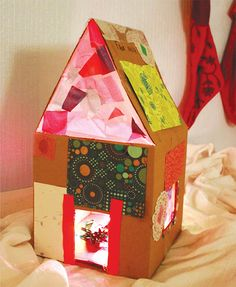 Make a Rainbow Lighted Cardboard Dollhouse Summer Art Projects, Projects For Kids, Diy For Kids, Crafts For Kids, Art Activities For Kids, Creative Activities, Preschool Art, Cardboard Dollhouse, Creative Arts And Crafts