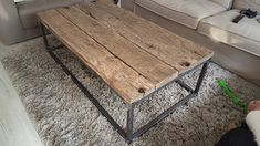 Rustic Coffee Tables, Coffee Table Design, Handmade Home Decor, First Home, Barn Wood, Furniture Design, Sweet Home, Interior Decorating, Living Room