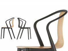 Acquista on-line Belleville armchair wood By vitra, sedia impilabile in legno con braccioli design Ronan & Erwan Bouroullec, Collezione belleville chair