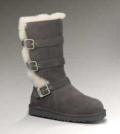 UGG® Maddi Boot Size 1