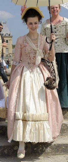 18th Century fashion par Aurélie de Casimacker d'Autant en porte le vêtement