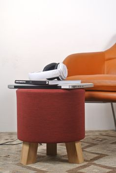 STOOL | Designed by Anne Boysen. Skammel, indretning, interiør, boliginspiration, stue.