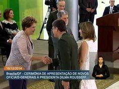 Dilma Rousseff oficializa a posse de oficiais-generais recém-promovidos