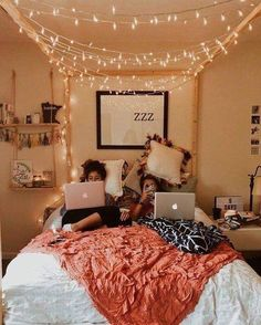 This is a Bedroom Interior Design Ideas. House is a private bedroom and is usually hidden from our guests. However, it is important to her, not only for comfort but also style. Much of our bedroom … Teenage Girl Bedrooms, Bedroom Teen Girls, Bedroom Decor Ideas For Teen Girls, Teen Decor, Bedroom Ideas Creative, Teen Bedroom Decorations, Room Decor Teenage Girl, Bedroom Ideas For Small Rooms For Girls, Cool Rooms For Teenagers