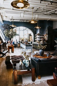 Roman and Williams Guild. stunning space and incredibly curated! Restaurant Interior Design, Cafe Interior, Bistro Interior, Dark Interiors, Shop Interiors, Cafe Design, House Design, Roman And Williams, Industrial Living
