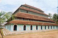 Old malabar mosque // Calicut, India