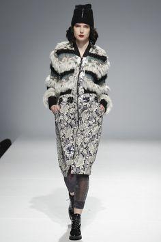 Andreeva Kiev Fall 2016 Fashion Show