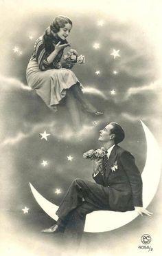 Vintage Clothes A romantically lovely paper moon portrait. Paper Moon, Vintage Pictures, Vintage Images, Vintage Art, Vintage Paper, Romance Vintage, Moon Photos, Moon Art, Cabaret