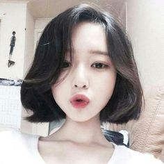 Asian, girl, and ulzzang image mais asian haircut Trendy Haircuts, Short Hairstyles For Women, Girl Hairstyles, Korean Hairstyles, Hairstyles 2018, Korean Short Hairstyle, Ulzzang Hairstyle, Short Hair Korean Style, Ulzzang Short Hair