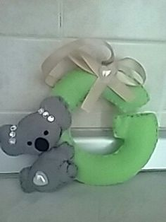 Lettera G con koala