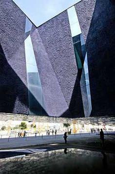 museo-azul - museo de ciencias naturales de Barcelona - herzog-de-meuron