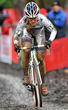 There are many different kinds and styles of mtb that you have to pick from, one of the most popular being the folding mountain bike. The folding mtb is extremely popular for a number of different … Women's Cycling, Cycling News, Cycling Girls, Cycling Weekly, Bike News, Best Road Bike, Chicks On Bikes, Mountain Bike Shoes, Bicycle Tires