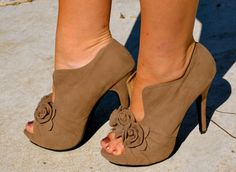 Suede peep toe bootie w floral embellishment