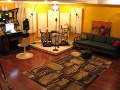 18006d1144266740-new-basement-studio-construction-floor-materials-riser_204.jpg (700×525)