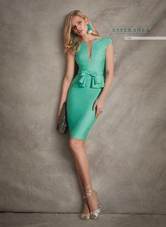 Party dresses and godmother of Esperanza Garcia Elegant Dresses, Nice Dresses, Short Dresses, The Dress, Dress Skirt, Bodycon Dress, Beautiful Dress Designs, Beautiful Dresses, Day Dresses