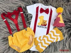 Your place to buy and sell all things handmade Winnie the Pooh Cake Smash, Baby Boy Birthday Winnie the Pooh Outfit, Winnie the Pooh Birthday Baby Boy 1st Birthday Party, 1st Birthday Outfits, 1st Boy Birthday, Cake Birthday, Birthday Ideas, Winnie The Pooh Cake, Winnie The Pooh Birthday, Pooh Bebe, Baby Boys